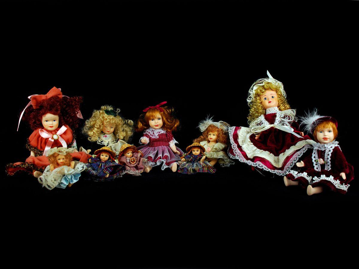10 Bonecas em porcelana
