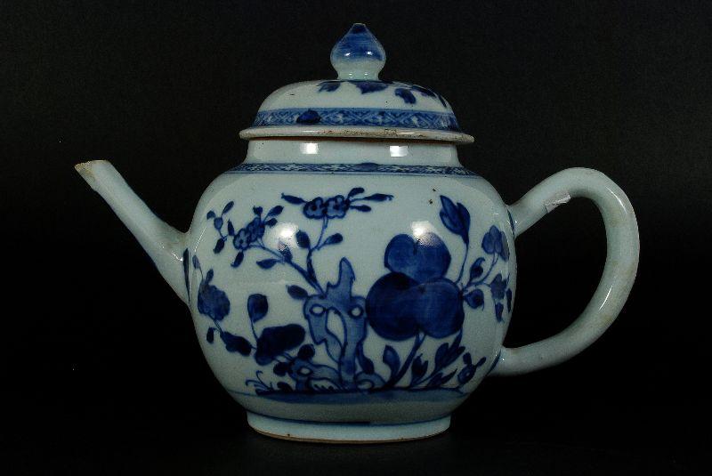 Bule em Porcelana Chinesa