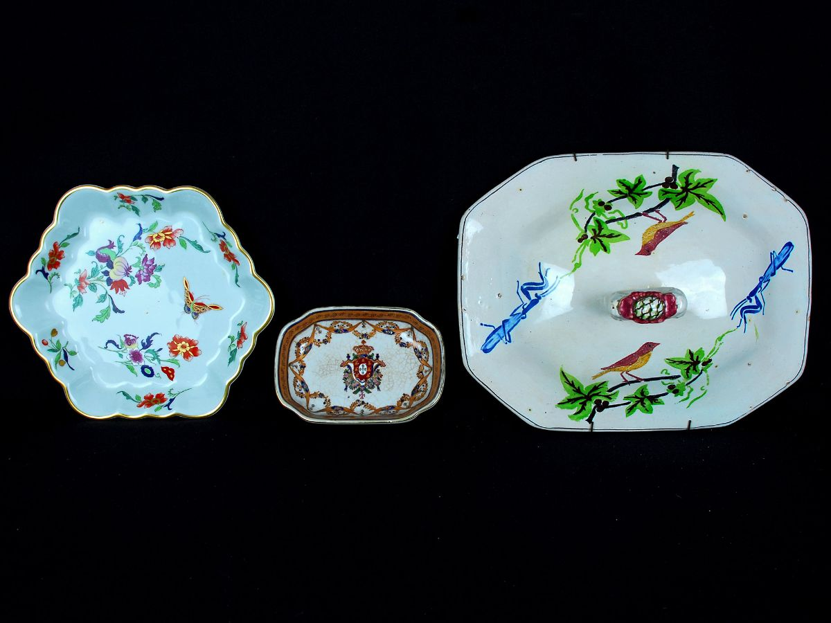Conjunto de 3 peças em Faiança/ Porcelana