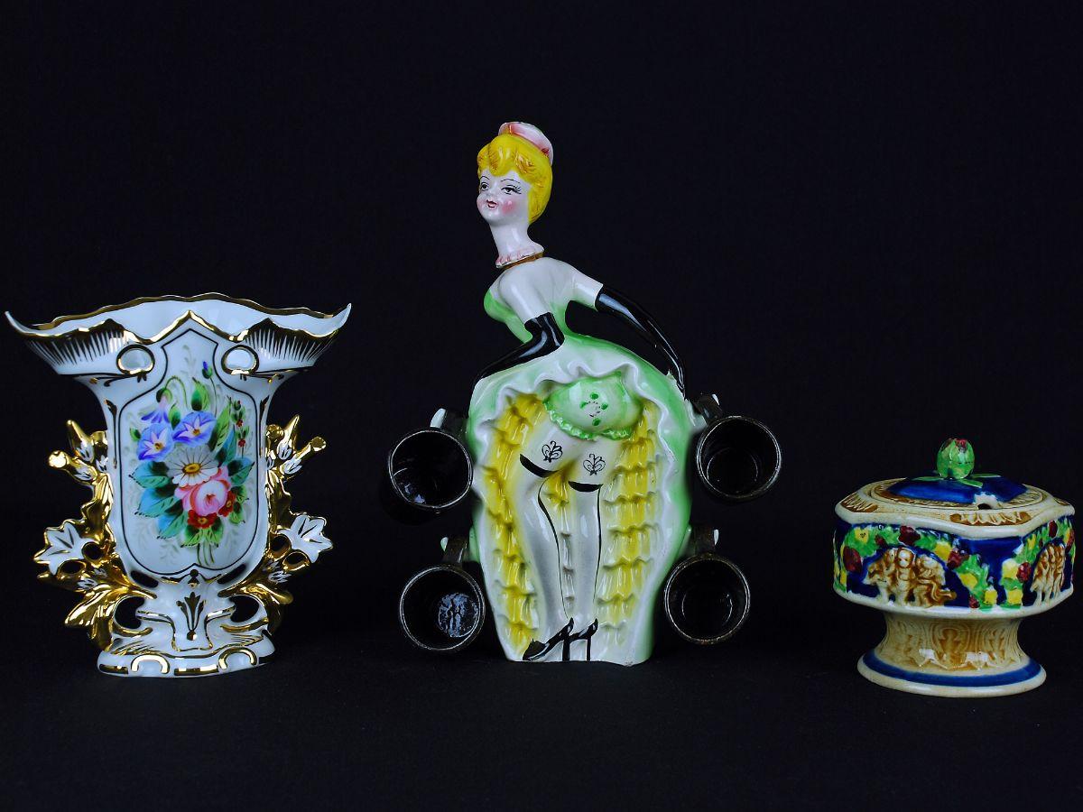 3 Peças em Porcelana/ Faiança