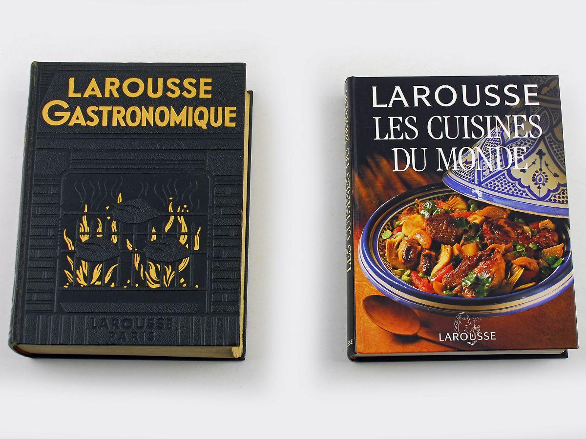 lote 2 livros de cozinha larousse bestnet leil es. Black Bedroom Furniture Sets. Home Design Ideas