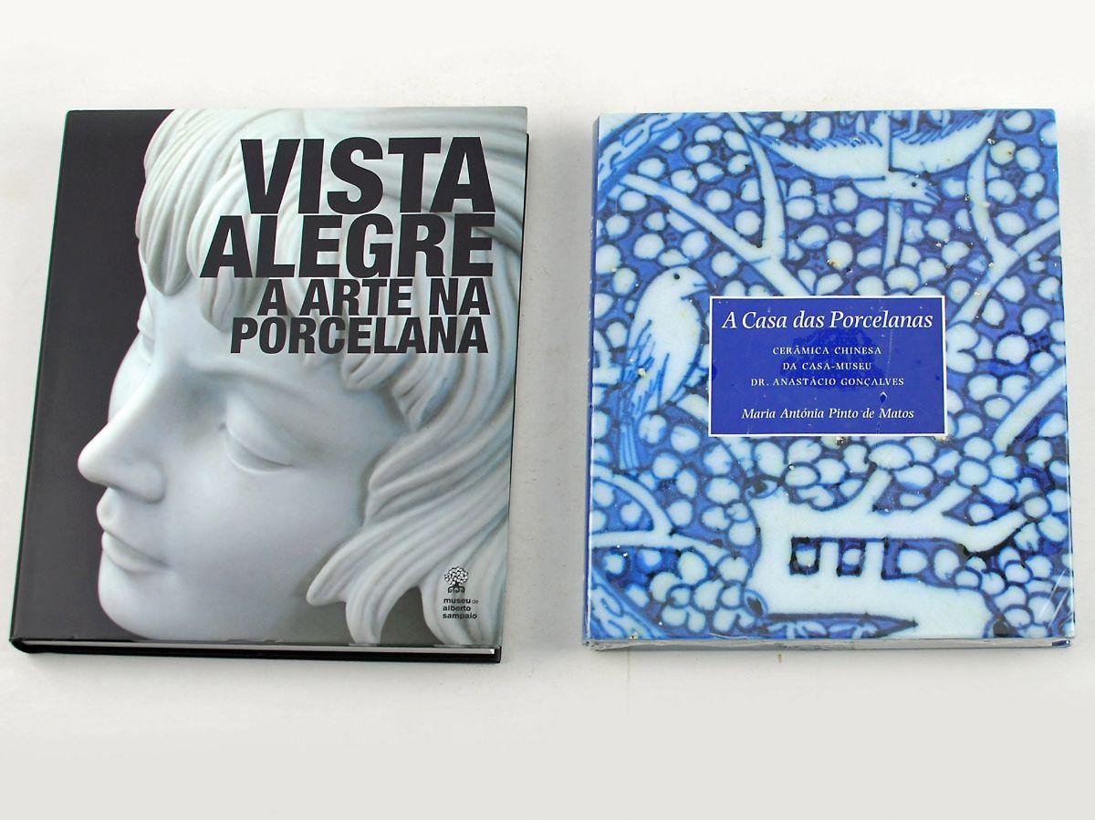 2 Livros diversos sobre porcelana