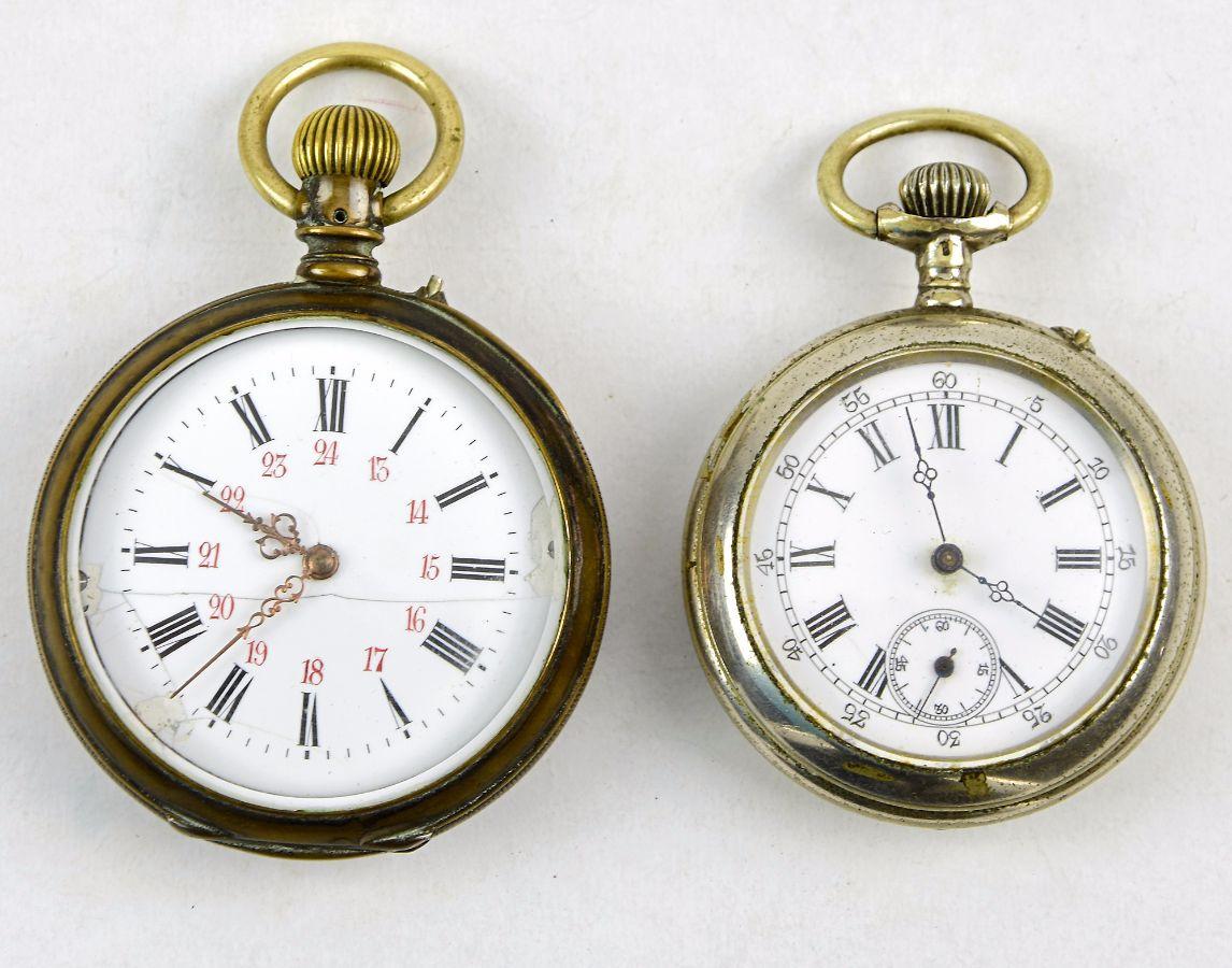 a065af71fbf 2 Relógios de Bolso diversos
