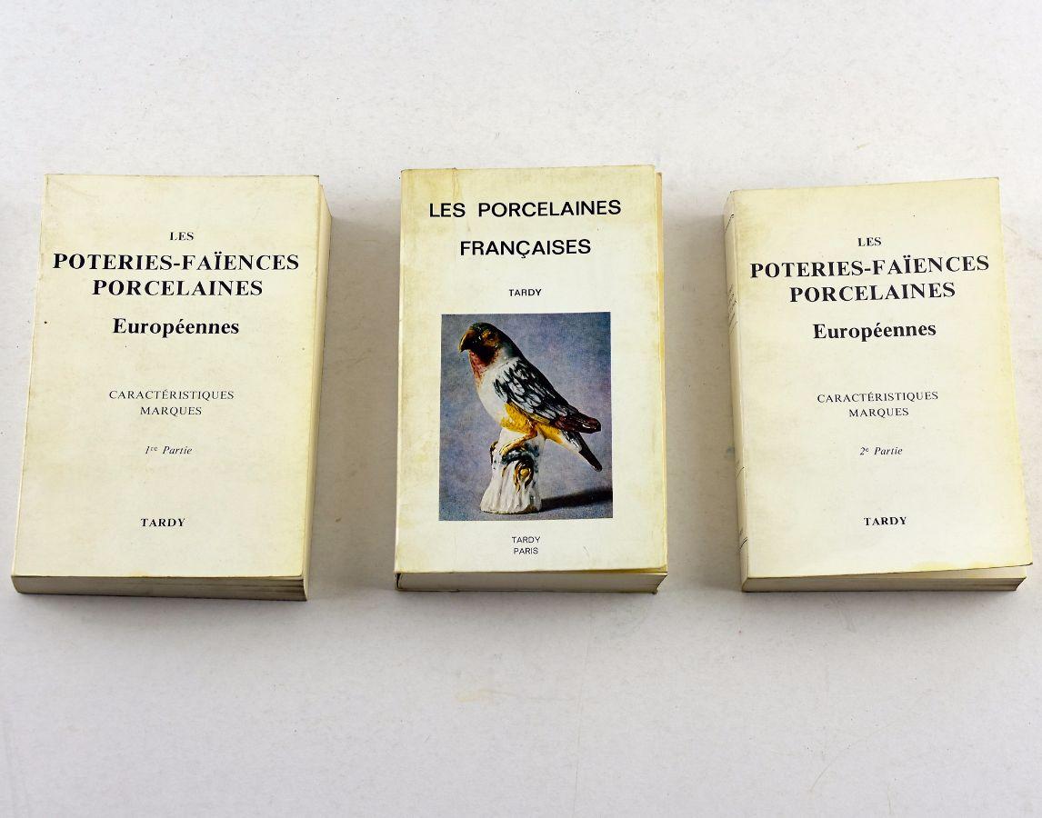 3 Livros sobre marcas de Porcelana/Faiança