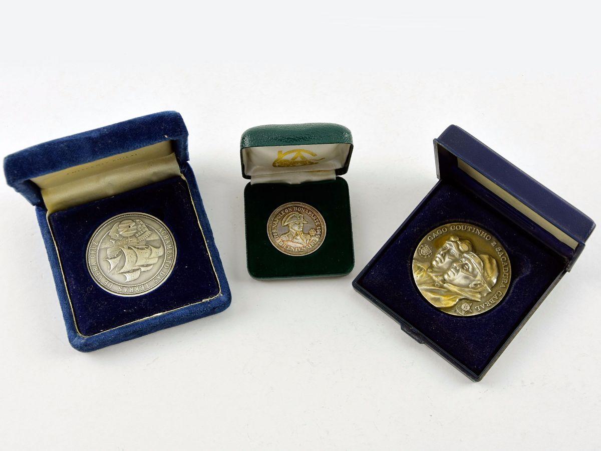 3 Medalhas em prata