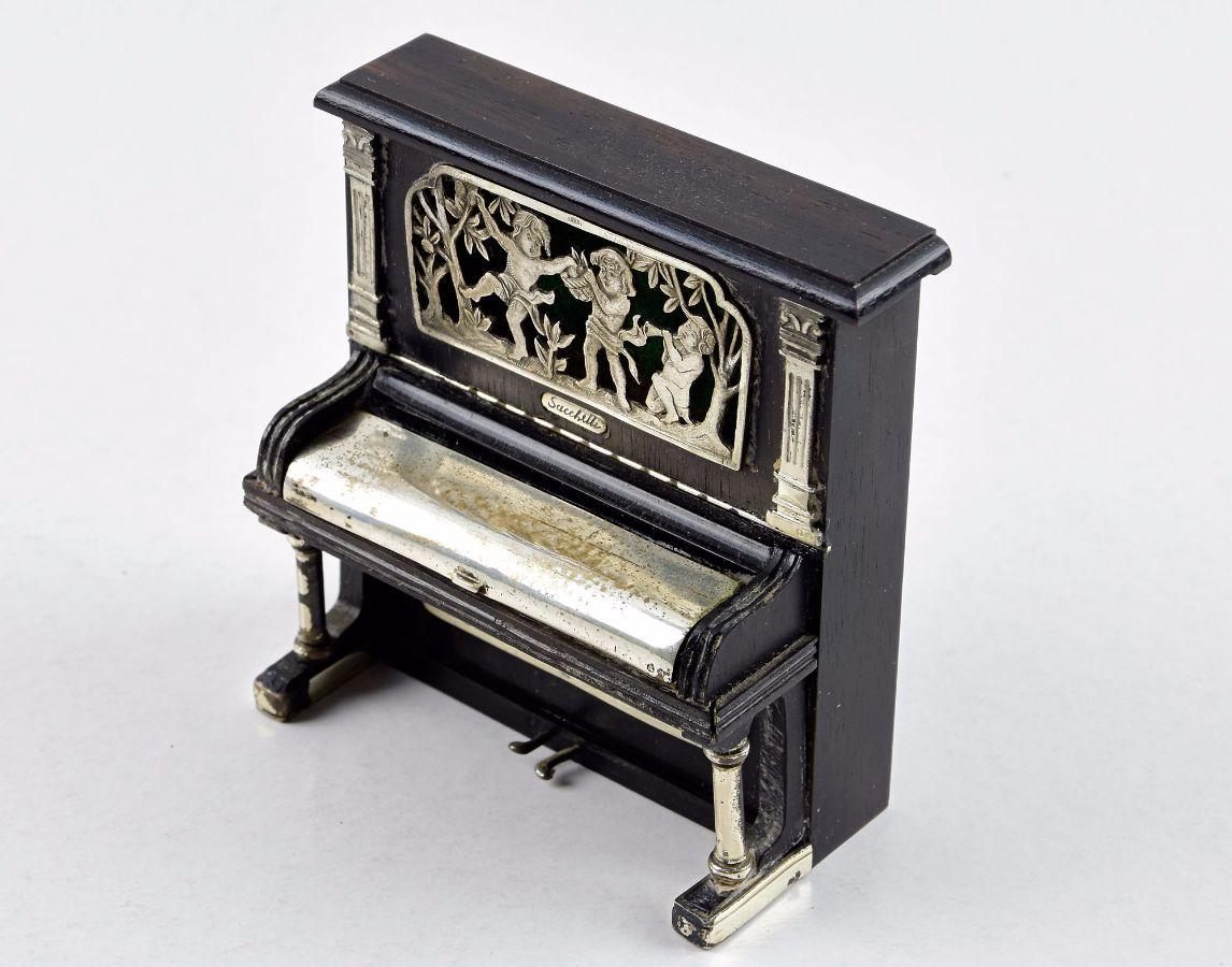 Piano miniatura de vitrine