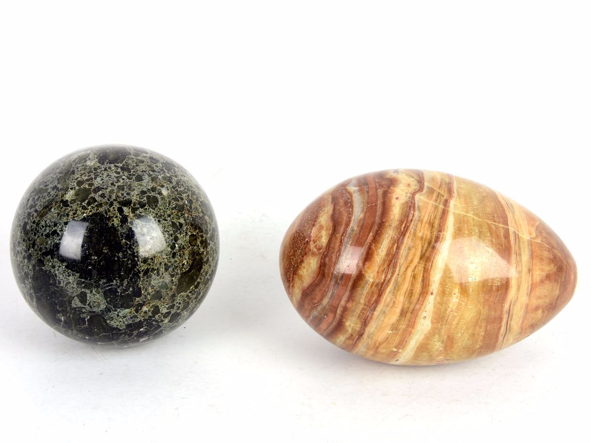 2 Peças em pedra