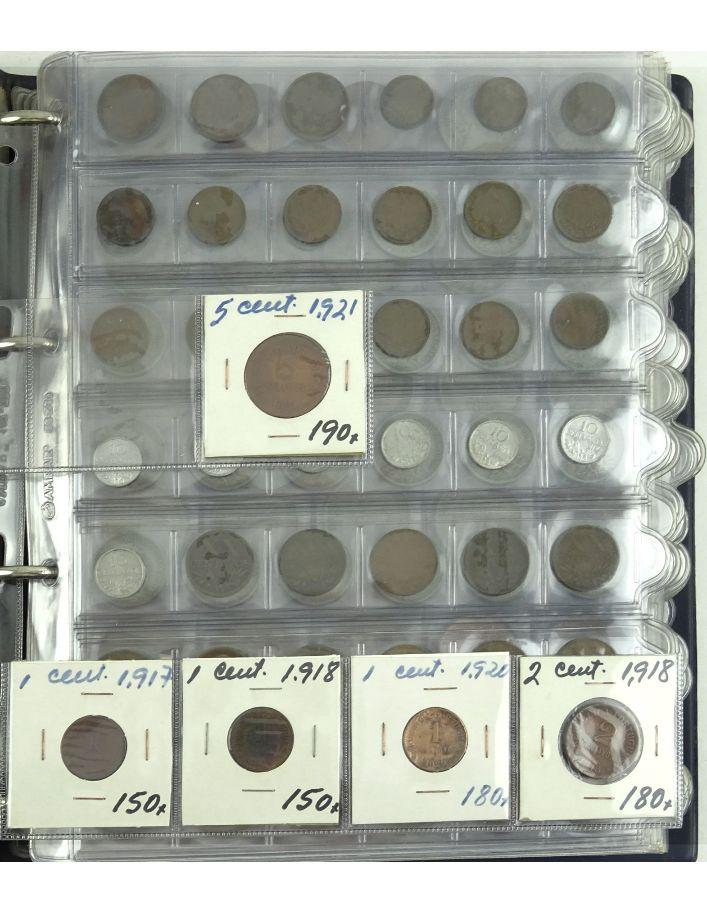 Álbum com moedas de diversos países