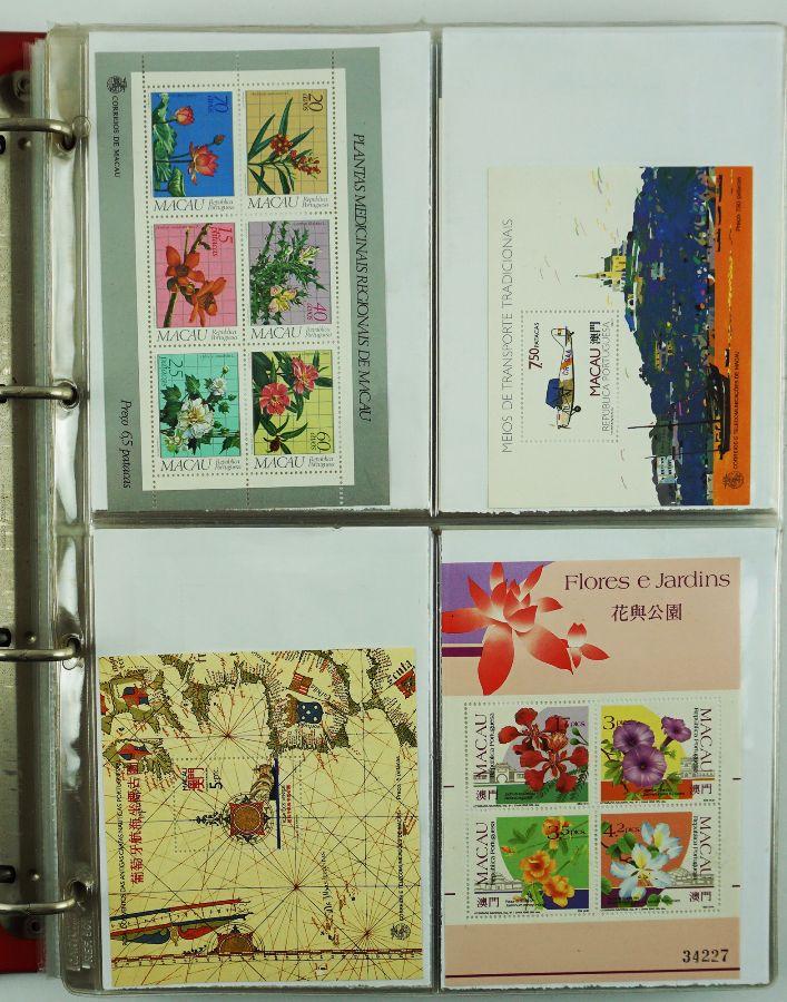 Álbum de selos e blocos
