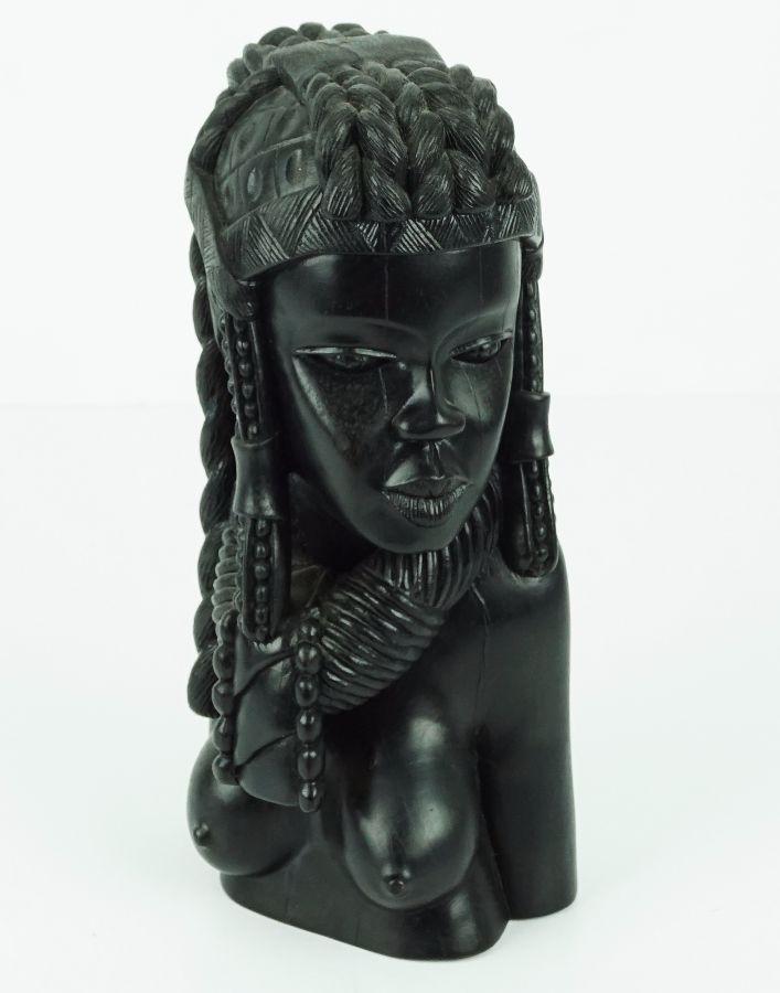 Figura feminina Africana