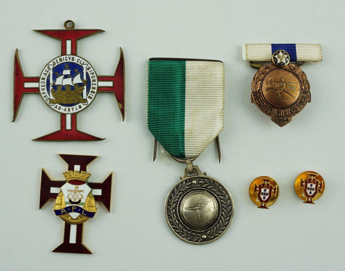 6 Medalhas/Pins Desportivos