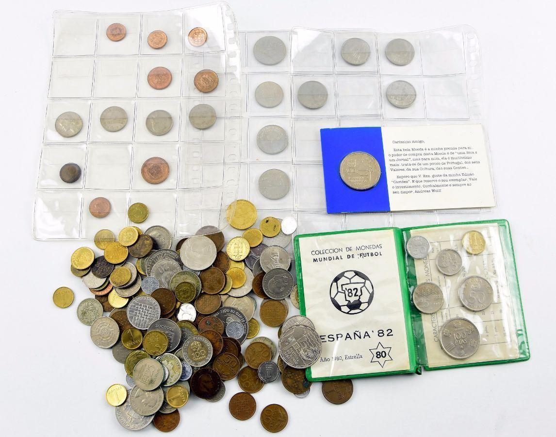 Grande lote de moedas diversas