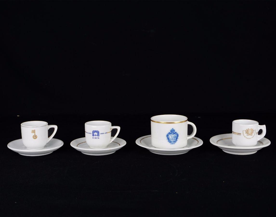 9 Chávenas com pires
