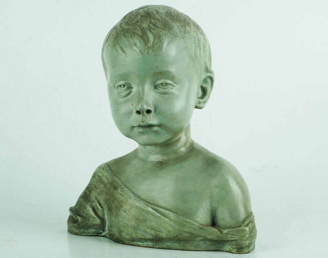 Busto de menino
