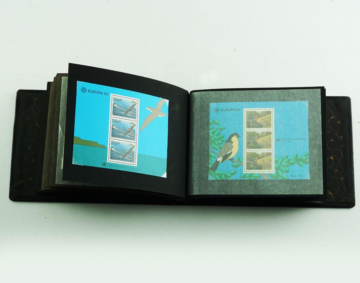68 Blocos de selos Portugueses