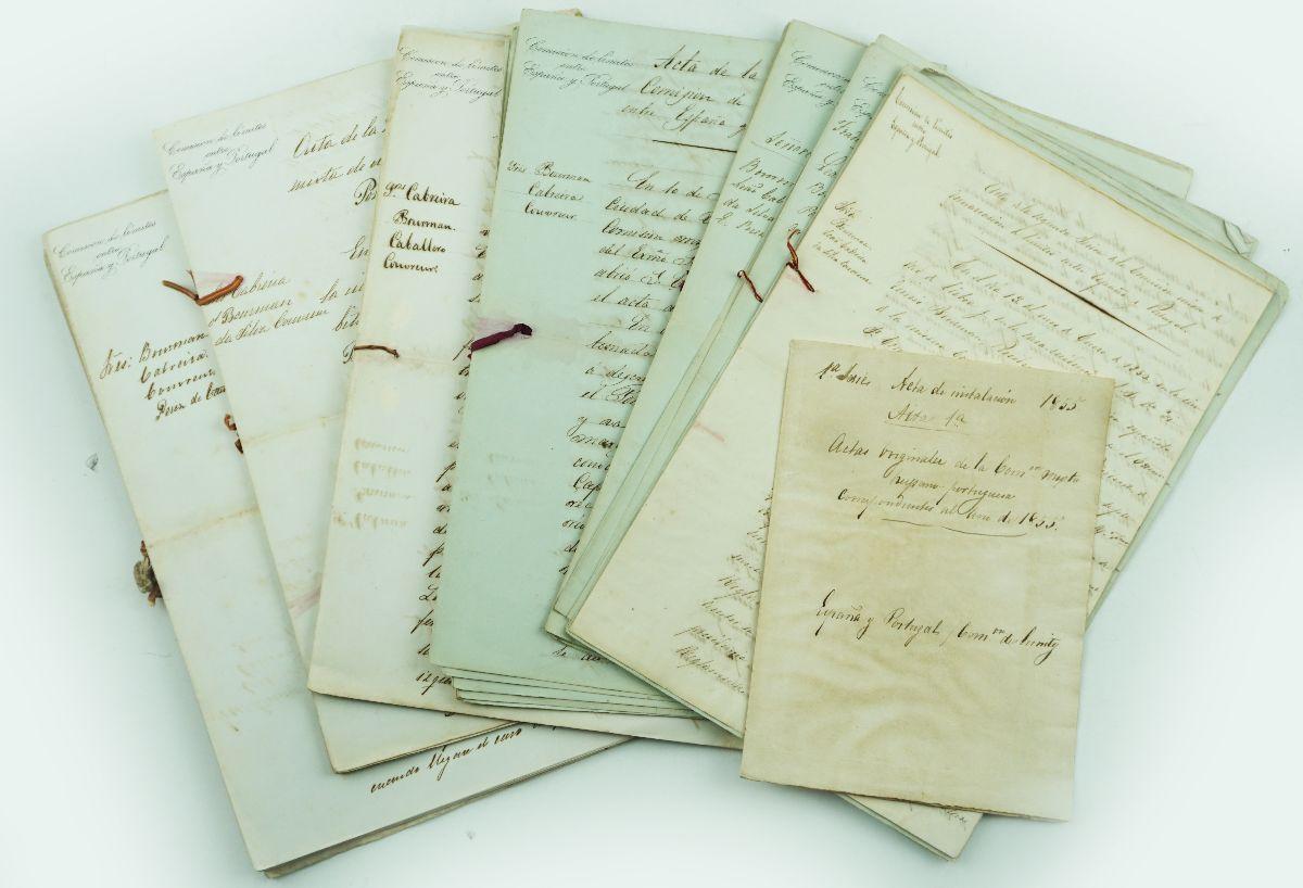 Actas da comissão de Definição das Fronteiras Portugal Espanha 1885