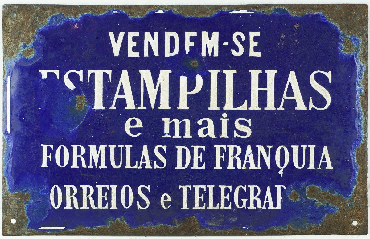 Placa publicitária para os Correios