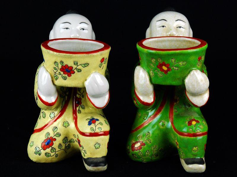 Par de Meninos em Porcelana