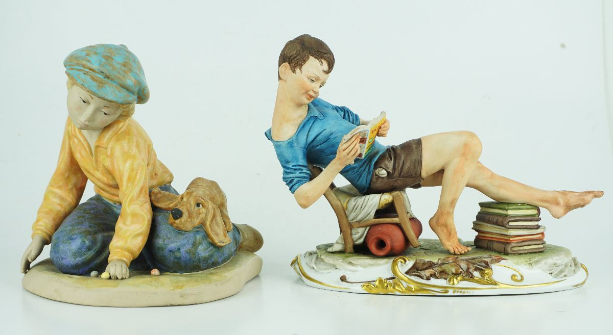 2 Esculturas em biscuît/porcelana