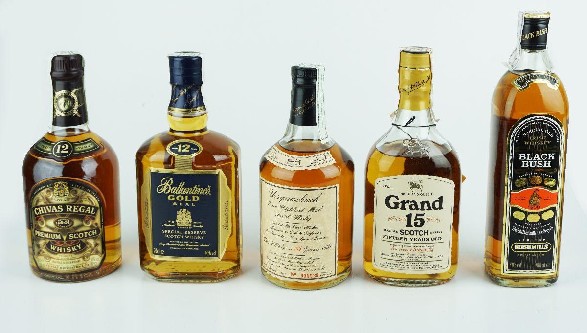 5 Garrafas de Whisky
