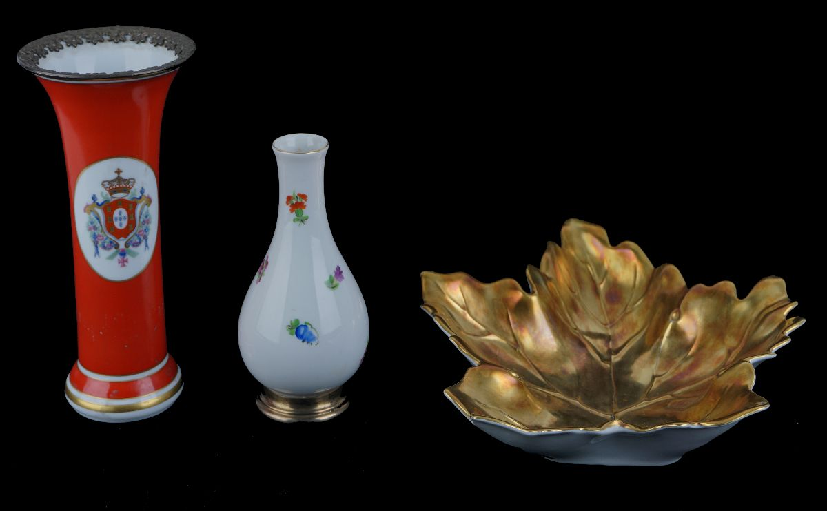3 Peças em porcelana
