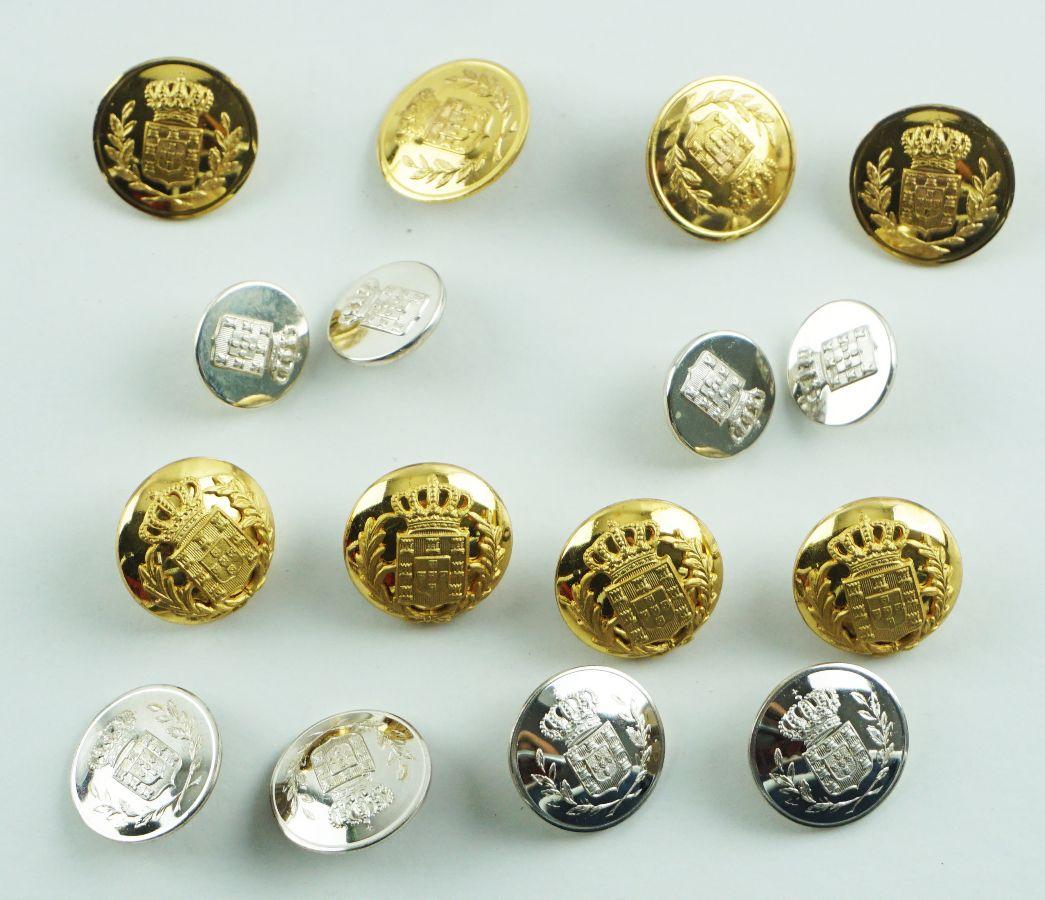 4 Conjuntos de 4 botões da Monarquia