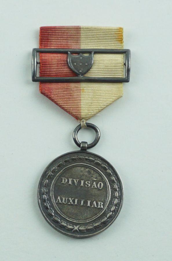 Medalha da Divisão Auxiliar a Espanha 1835