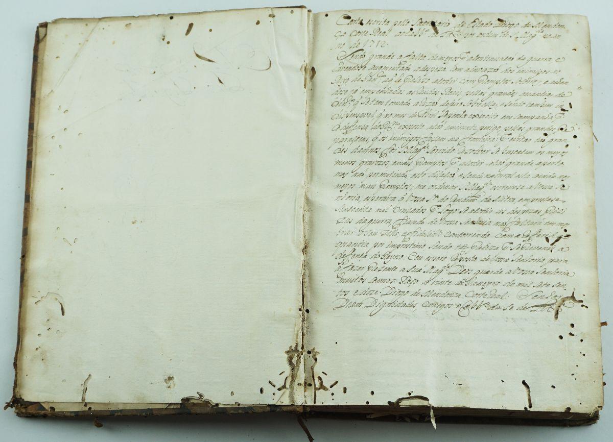 PAPÉIS DA BASÍLICA DE SANTA MARIA ( SÉ DE LISBOA). MANUSCRITO. SÉCULO XVIII.
