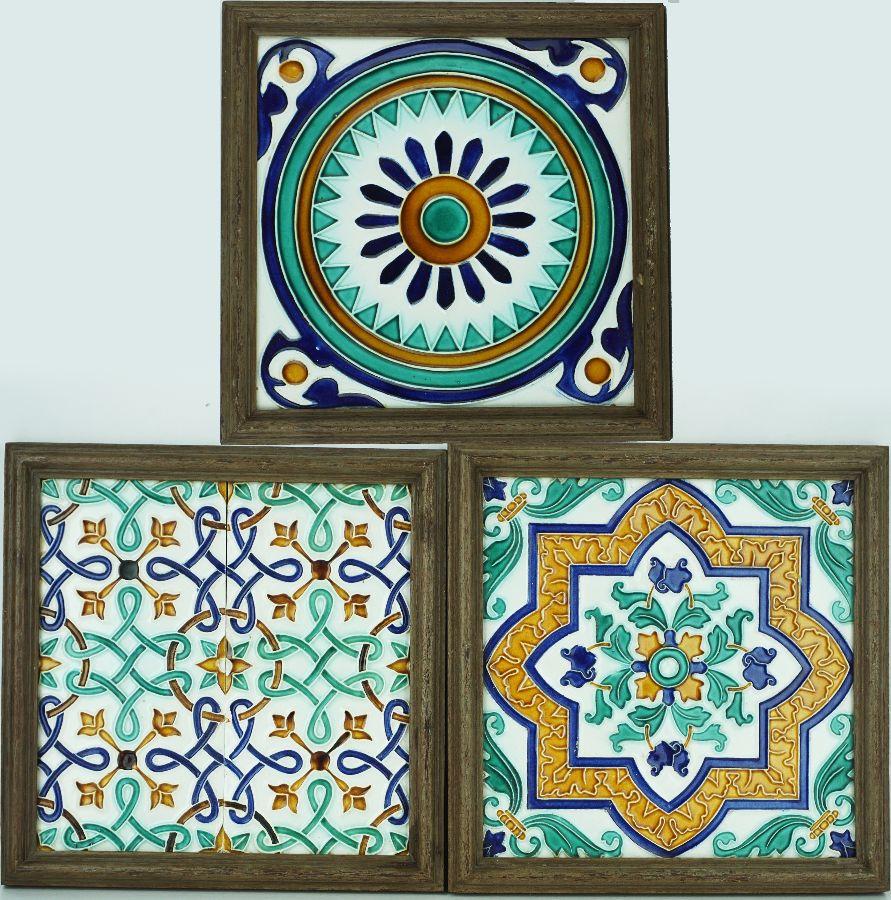 3 Azulejos tipo Hispâno-Árabe