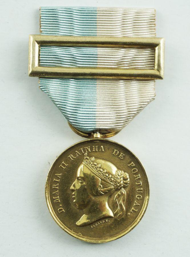 Rara Medalha D. Maria II