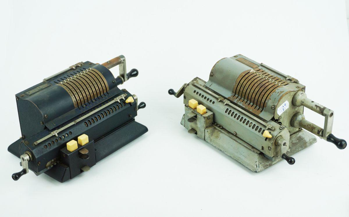 2 Máquinas de calcular