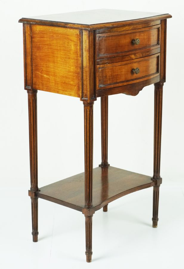 Mesa de Cabeçeira