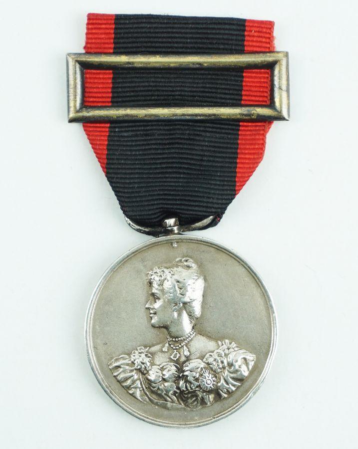 D. Amélia Medalha