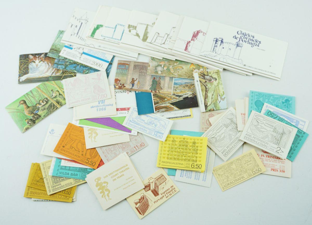 50 Cadernetas de vários páises