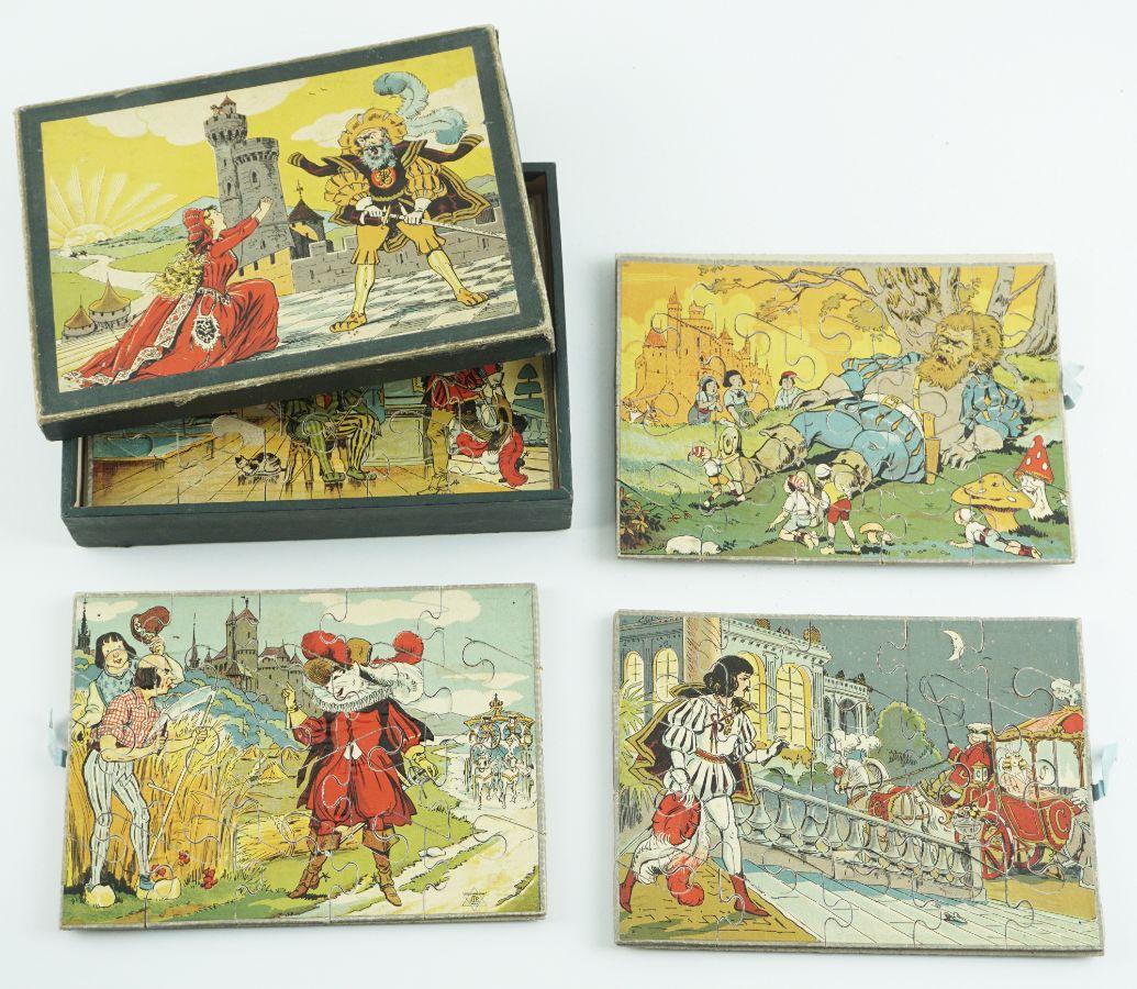 Caixa de puzzle com 4 cartões