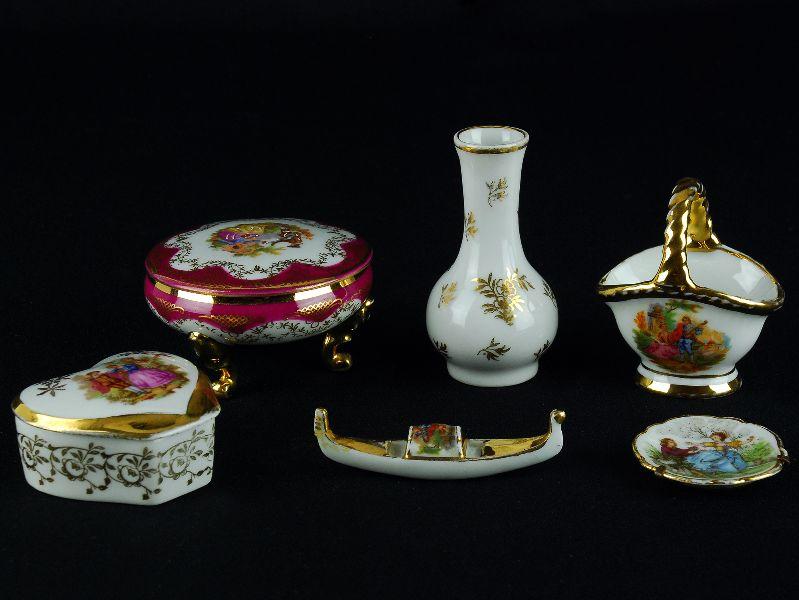 6 Peças miniaturas em porcelana