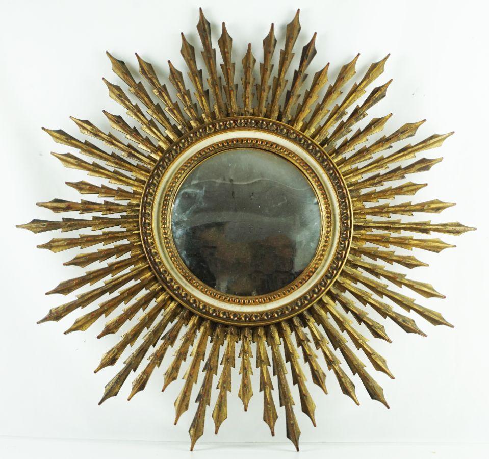 Grande espelho de parede em forma de sol