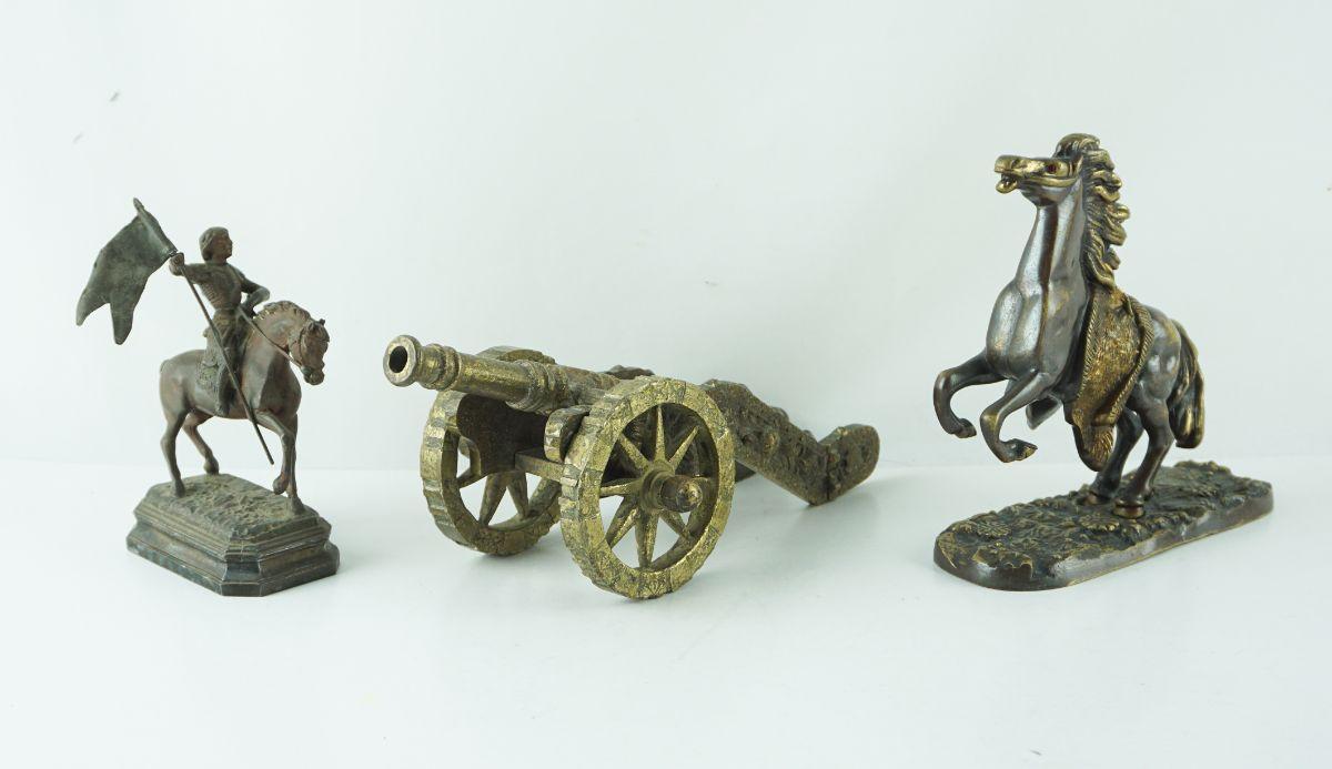 6 Peças em bronze/metal dourado