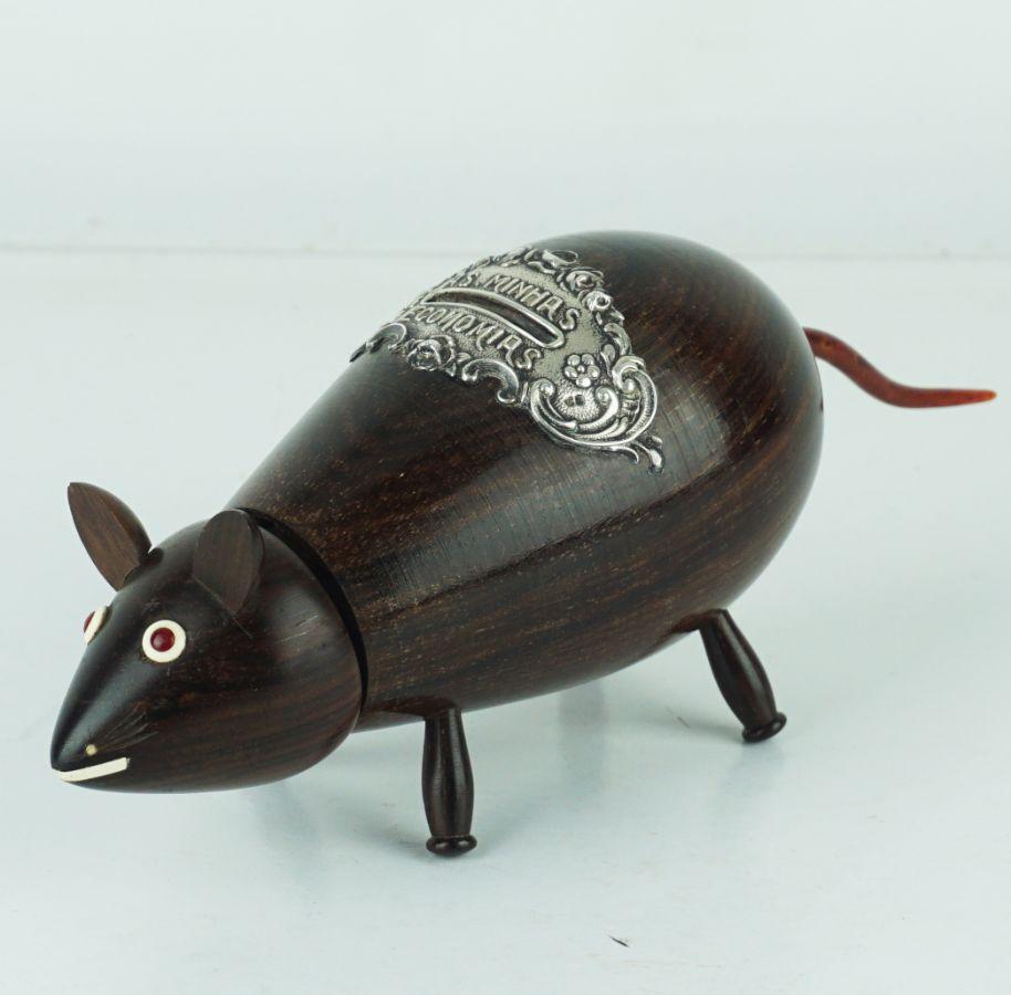 Mealheiro em forma de Rato