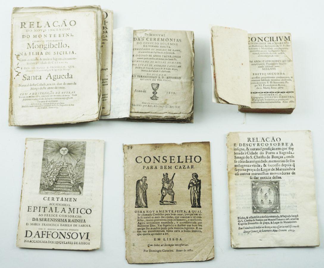 Importante lote de publicações portuguesas do Seculo XVII