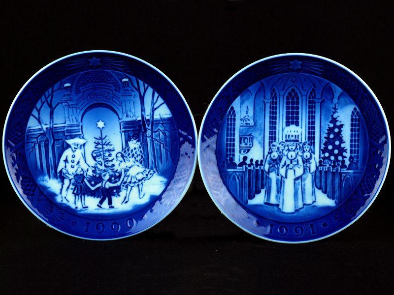 2 Pratos em Porcelana