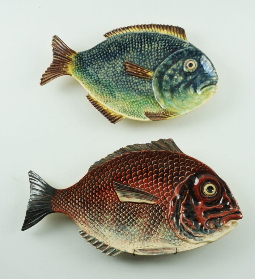 2 Travessas em forma de peixe (Caldas da Rainha)