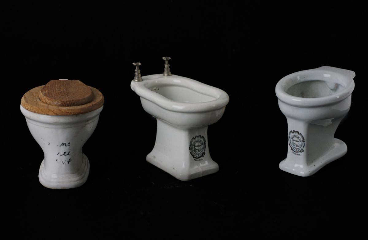Sanitários miniatura