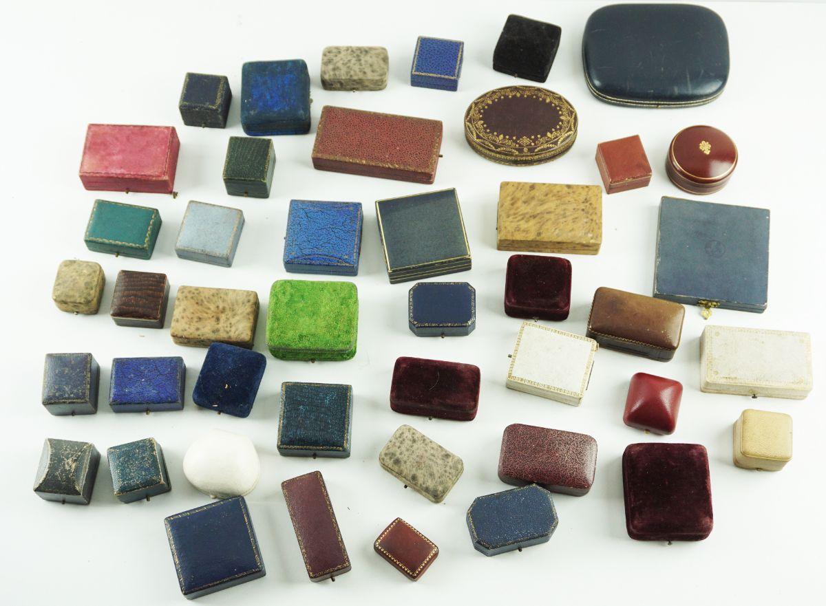 44 Caixas de jóias antigas