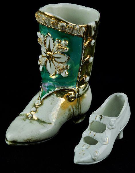 Bota e Sapato em Porcelana Europeia