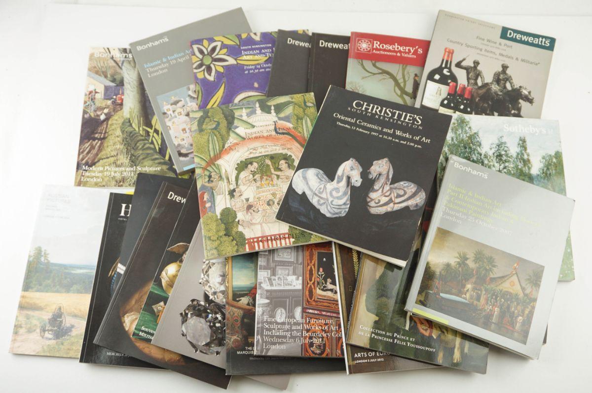 Lote de 50 catálogos de Leilões