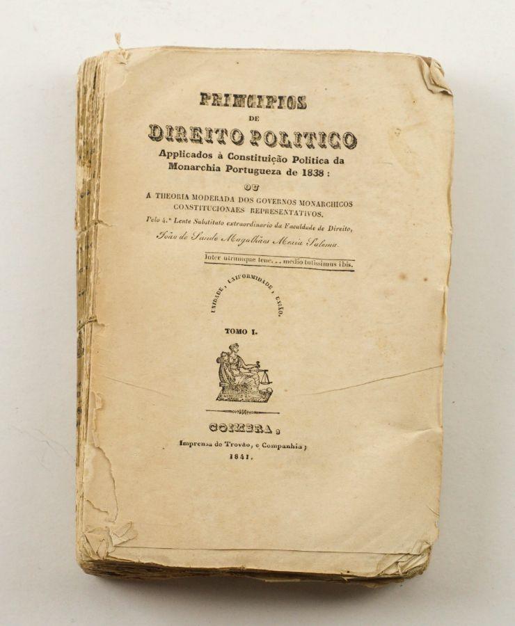 Raríssimo livro sobre a Constituição de 1838