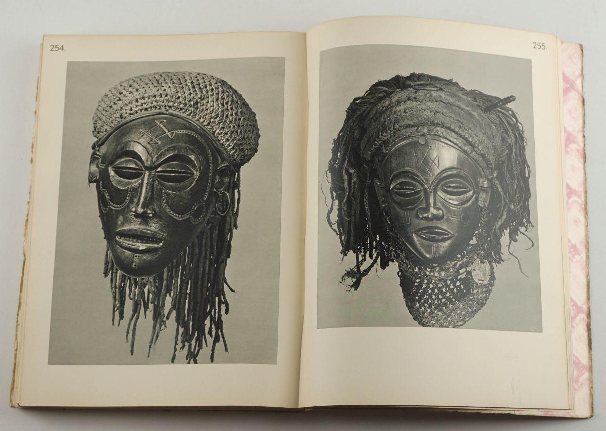 Marie-Louise Bastin - Art Decoratif Tchokwe