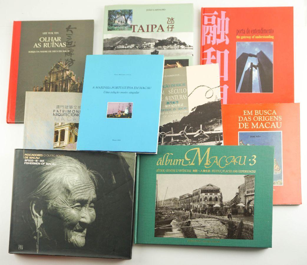 Conjunto de Livros sobre Macau