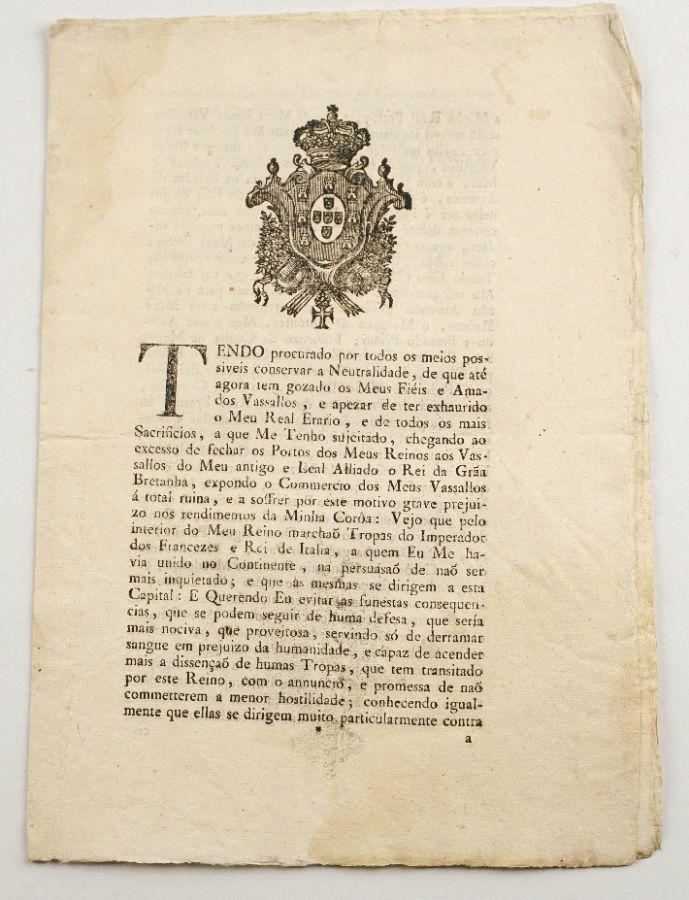 Importante Publicação real sobre a partida de D. Maria I e toda a família real para o Brasil.